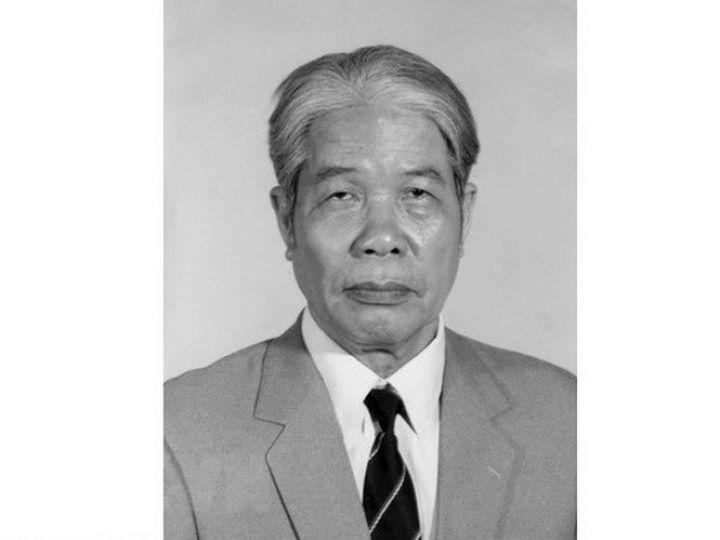 Nguyen-Tong-Bi-thu-do-Muoi-tu-tran-do-muoi-1538433836-23-width665height499.jpg