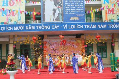 kich-ban-chuong-trinh-van-nghe-mung-dang-mung-xuan.jpg