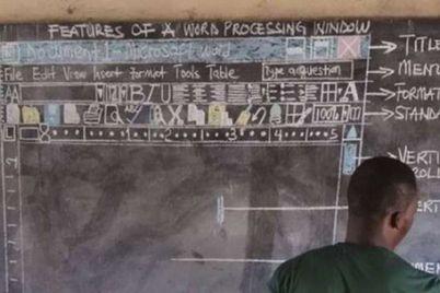 owura-kwadwo-teaching-i-15198787600631956654195.jpg
