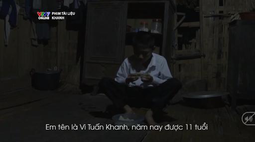 truyen-co-tich-giua-doi-thuong-cau-hoc-sinh-ngheo-5-nam-lam-doi-chan-cho-ban-den-truong-ngay-qua-ngay-teachvn-1