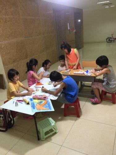 Lớp học vẽ cho bé ở Long Biên uy tín 14