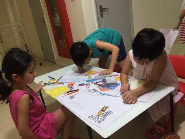 Lớp học vẽ cho bé ở Long Biên uy tín 18