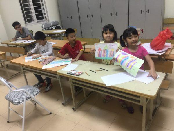 Lớp học vẽ cho bé ở Long Biên uy tín 19