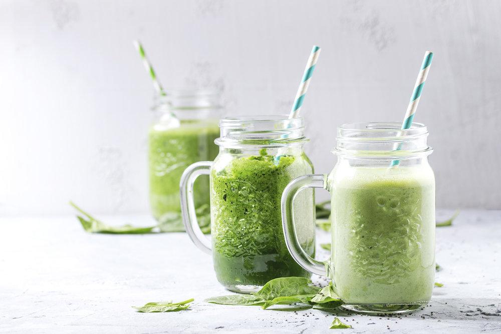 4 Công thức nước ép cần tây giảm cân chống lão hóa da 3