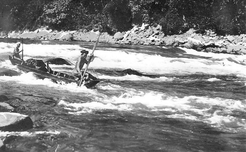 Những dàn ý phân tích bài Người lái đò sông Đà hay nhất hiện nay